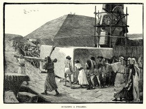 Vintage engraving of Ancient Egyptians building a Pyramid